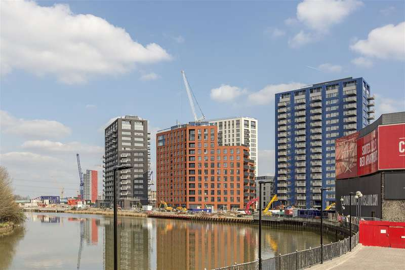 1 Bedroom Flat for sale in Faraday Building, City Island, Canning Town, E14