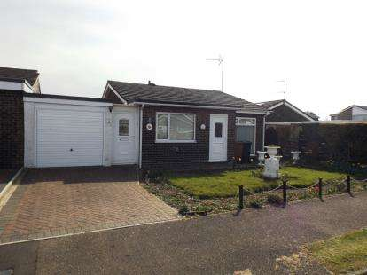 2 Bedrooms Bungalow for sale in Watton, Thetford, Norfolk