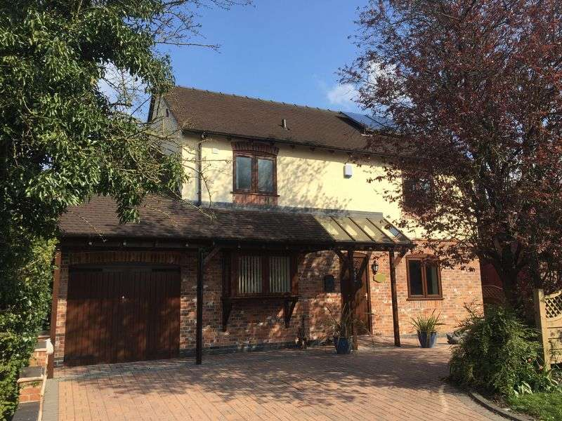 4 Bedrooms Detached House for sale in Belle Rise, Newport Road, Eccleshall, Staffordshire