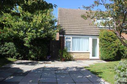 3 Bedrooms Detached House for sale in Greenloons Drive, Formby, Liverpool, Merseyside, L37