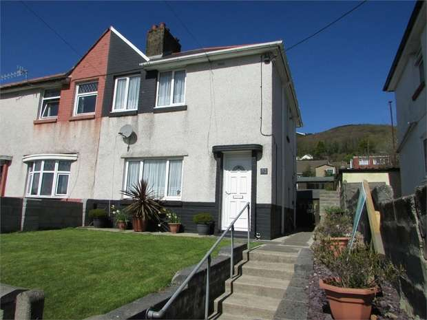 3 Bedrooms Semi Detached House for sale in Cwrt Y Clafdy, Skewen, Neath, West Glamorgan