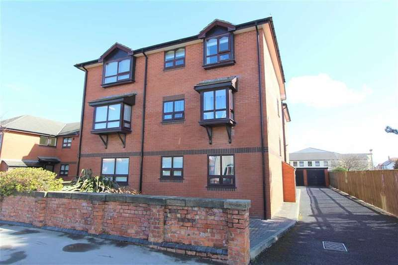 2 Bedrooms Property for sale in St Andrews Road North, Lytham St Annes, Lancashire