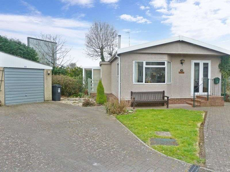 2 Bedrooms Detached House for sale in Newton Road, Kingsteignton