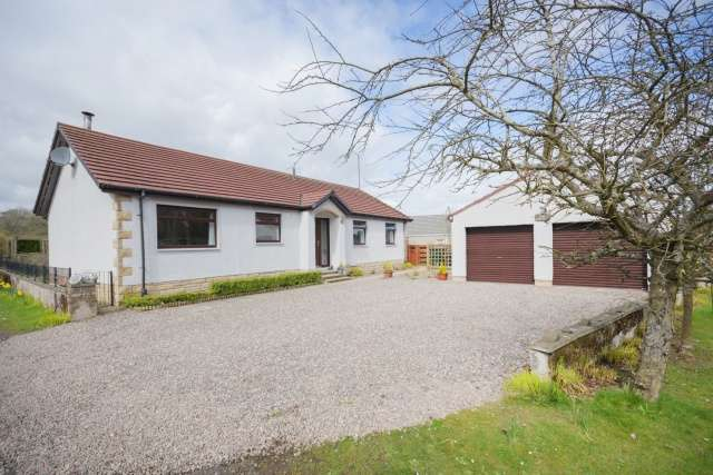 3 Bedrooms Bungalow for sale in Duncrievie, Glenfarg, Perth, Perthshire, PH2 9PD
