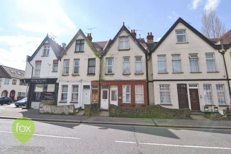 2 Bedrooms Flat for sale in WESTCLIFF ON SEA