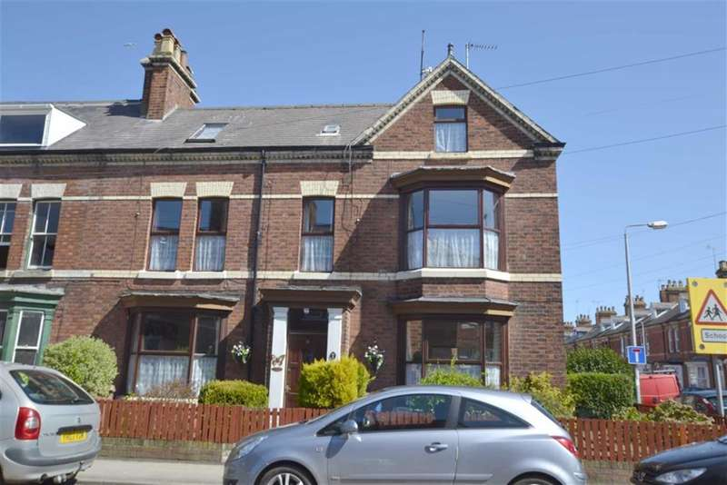 4 Bedrooms Property for sale in Cambridge Street, Bridlington, YO16