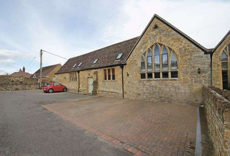 4 Bedrooms Semi Detached House for sale in Sherborne, Dorset