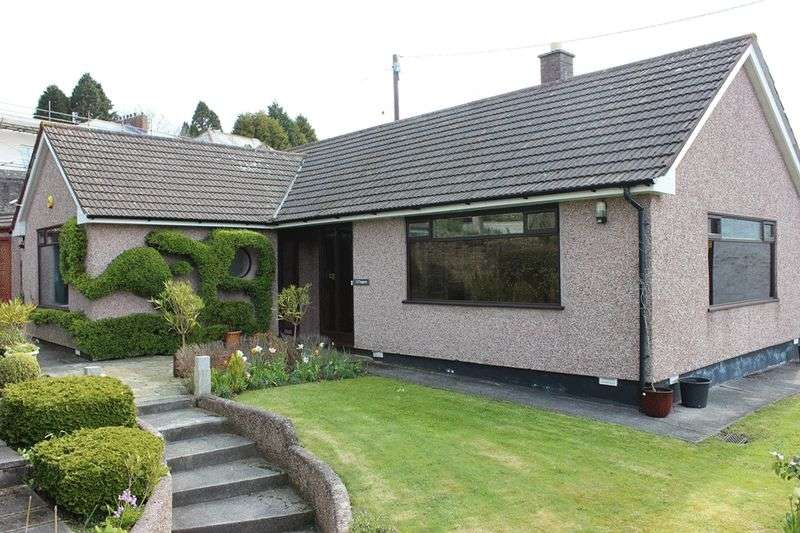 3 Bedrooms Detached Bungalow for sale in Bodmin Road, St. Austell