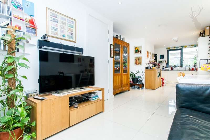 5 Bedrooms House for sale in Hackney Grove, Hackney, E8