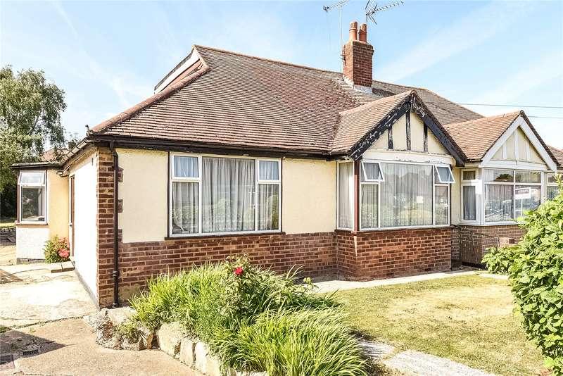 3 Bedrooms Semi Detached Bungalow for sale in Roxburn Way, Ruislip, Middlesex, HA4