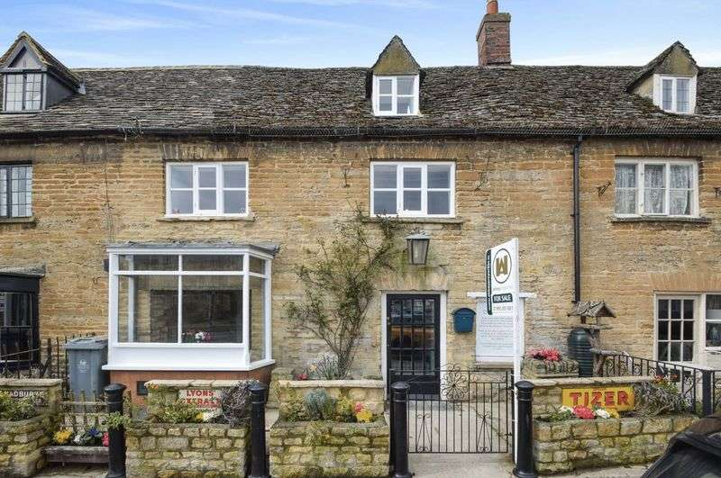 4 Bedrooms Terraced House for sale in Market Square, Bampton