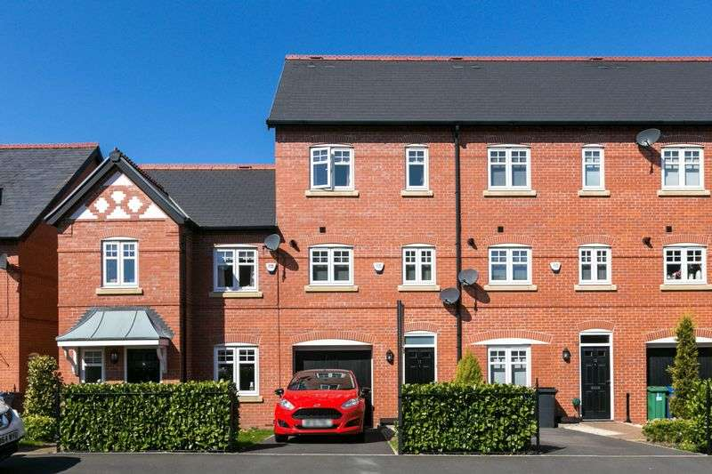 3 Bedrooms Terraced House for sale in Alden Close, Standish, WN1 2TS