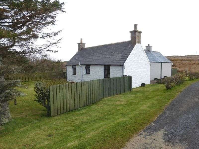 2 Bedrooms Bungalow for sale in Hilligoe, Brough, By Thurso, Caithness, KW14 8XR