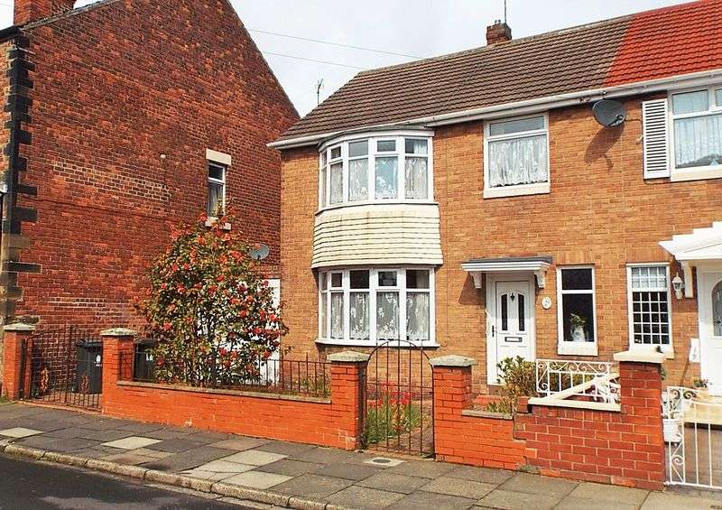 3 Bedrooms House for sale in St. James Terrace, Percy Main, North Shields