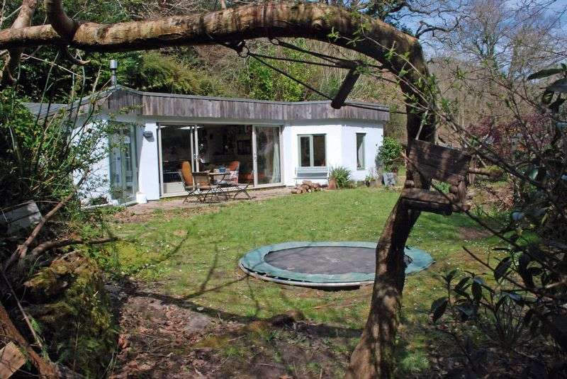 3 Bedrooms Cottage House for sale in Burlawn, Wadebridge