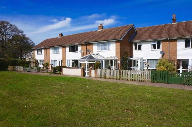 3 Bedrooms House for sale in Moor View, Hatherleigh, EX20 3LB