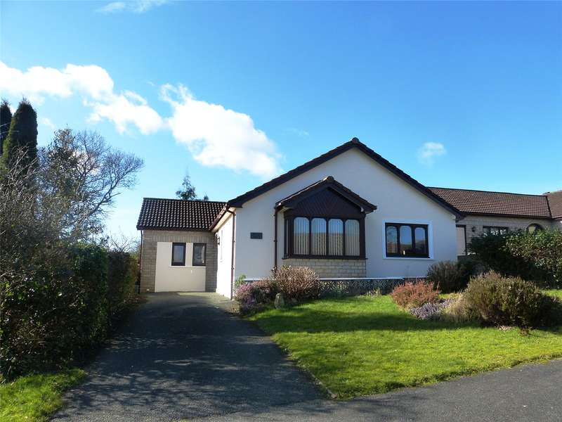3 Bedrooms Detached Bungalow for sale in Springfield Park, Narberth, Pembrokeshire