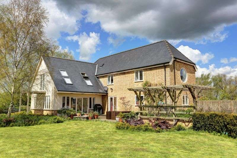 5 Bedrooms Detached House for sale in Twentypence Road, Wilburton