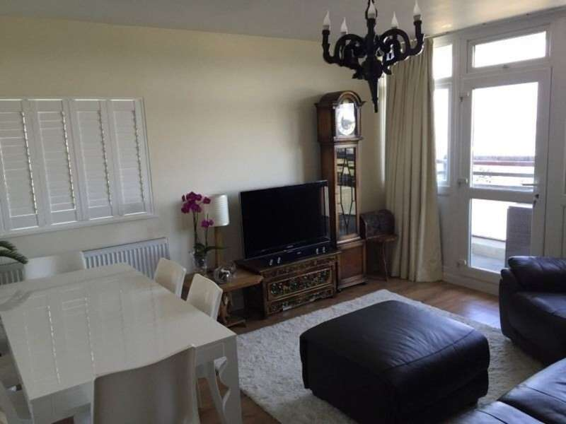 2 Bedrooms Flat for sale in Dunedin House, Manwood Street, Royal Docks, London, E16