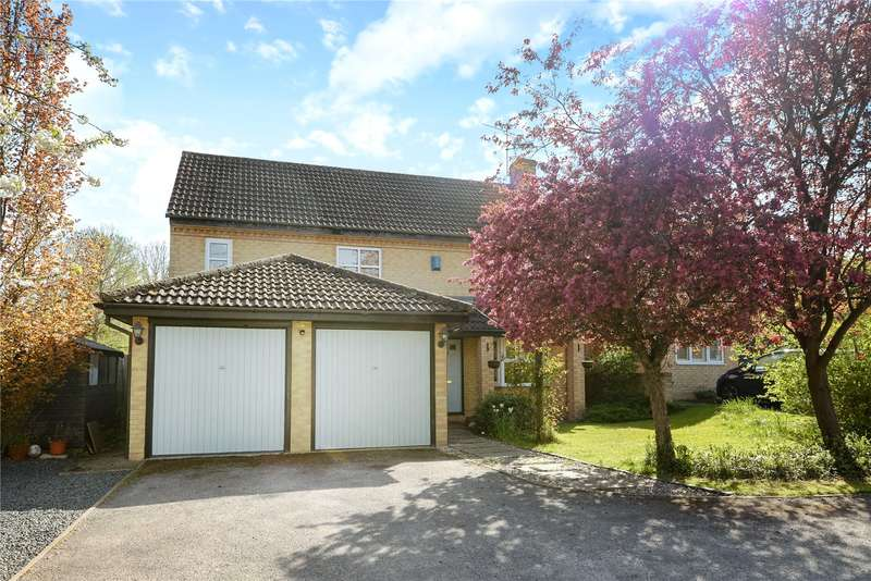 4 Bedrooms Detached House for sale in Chaffinch Close, Wokingham, Berkshire, RG41