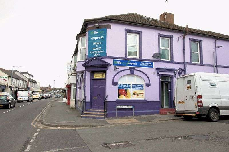 4 Bedrooms Commercial Property for sale in Vale Road, Rhyl