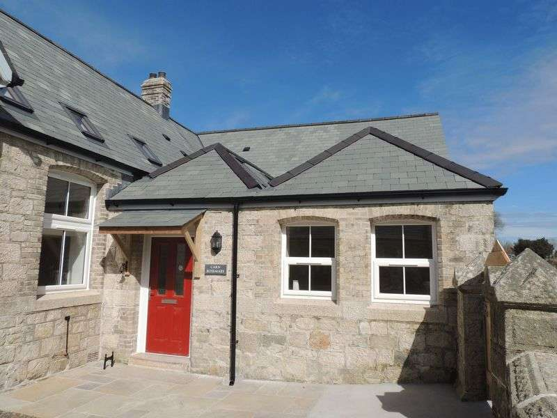 3 Bedrooms Terraced House for sale in Treverbyn, St Austell