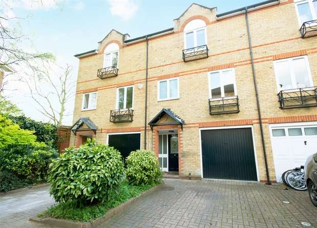 3 Bedrooms Town House for sale in Meadow Place, Edensor Road, Chiswick