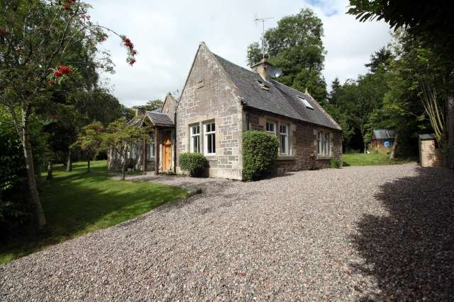 5 Bedrooms Cottage House for sale in Newburgh, Cupar, Fife, KY14 6EU