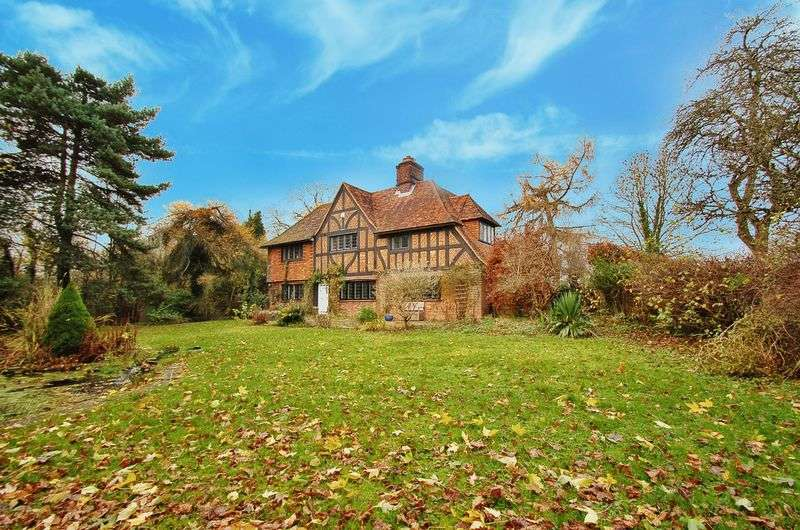 5 Bedrooms Property for sale in Cryers Hill