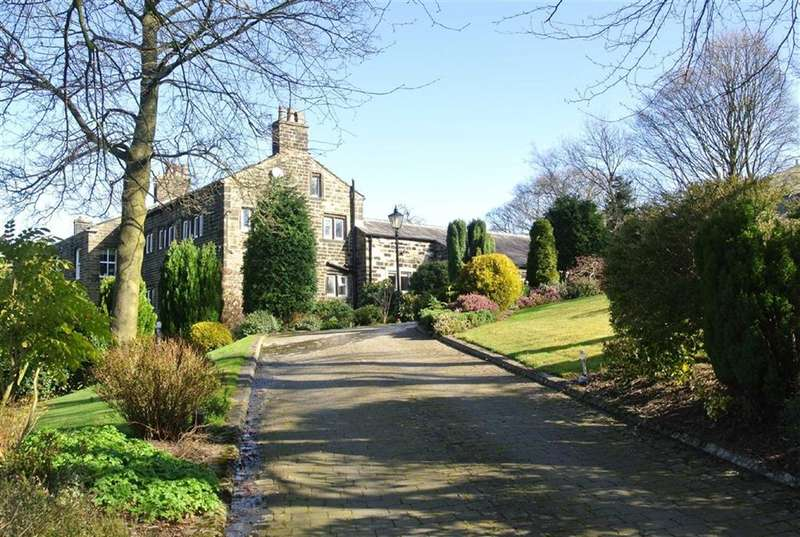 4 Bedrooms Property for sale in Shepherds Green, Hollins Lane, SADDLEWORTH, OL3