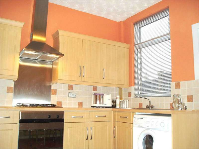 2 Bedrooms Semi Detached House for sale in Burke Street, Halliwell, Bolton, Lancashire