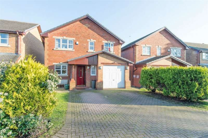 4 Bedrooms Detached House for sale in Burrs Close, Brandlesholme, Bury, Lancashire