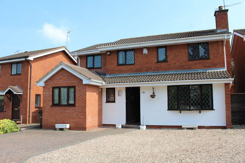 4 Bedrooms Detached House for sale in Roach Close, Broomhall, Worcester, Broomhall, Worcester, WR5