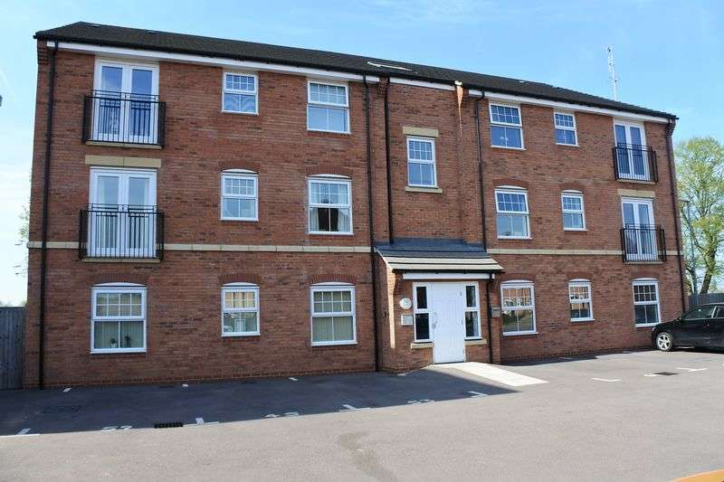 2 Bedrooms Flat for sale in Hathersage Close, Grantham