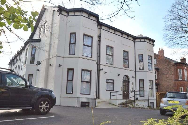 2 Bedrooms Flat for sale in Half Edge Lane, Monton