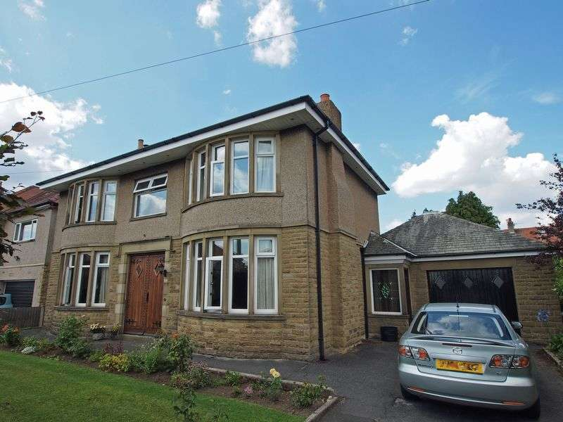 4 Bedrooms Detached House for sale in Stuart Avenue, Bare, Morecambe