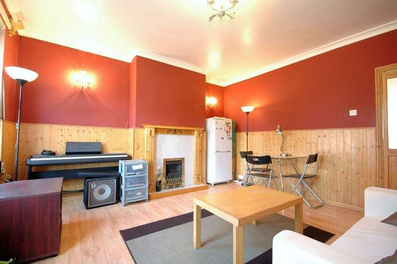 3 Bedrooms Terraced House for sale in St. Anthonys Road, Newcastle upon Tyne, Tyne and Wear, NE6
