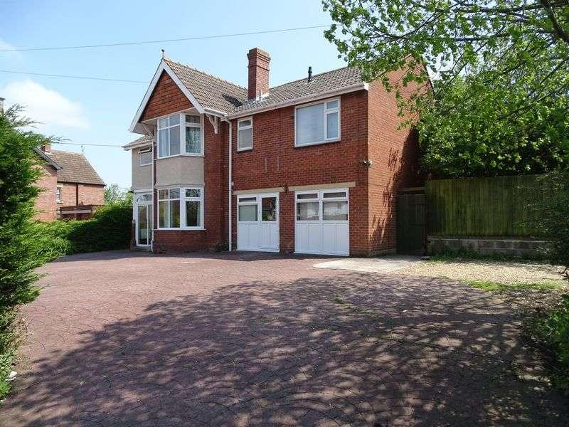 6 Bedrooms Detached House for sale in Forest Road, Melksham