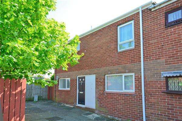3 Bedrooms End Of Terrace House for sale in Charnock, Skelmersdale