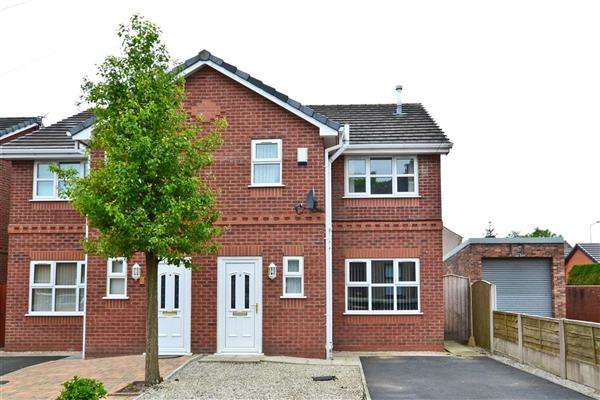3 Bedrooms Semi Detached House for sale in Ridyard Street, Wigan