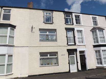 6 Bedrooms Terraced House for sale in Castle Place, Abergele, Conwy, North Wales, LL22