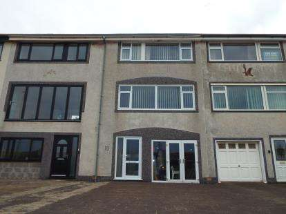 3 Bedrooms Terraced House for sale in North Promenade, Thornton-Cleveleys, Lancashire, FY5