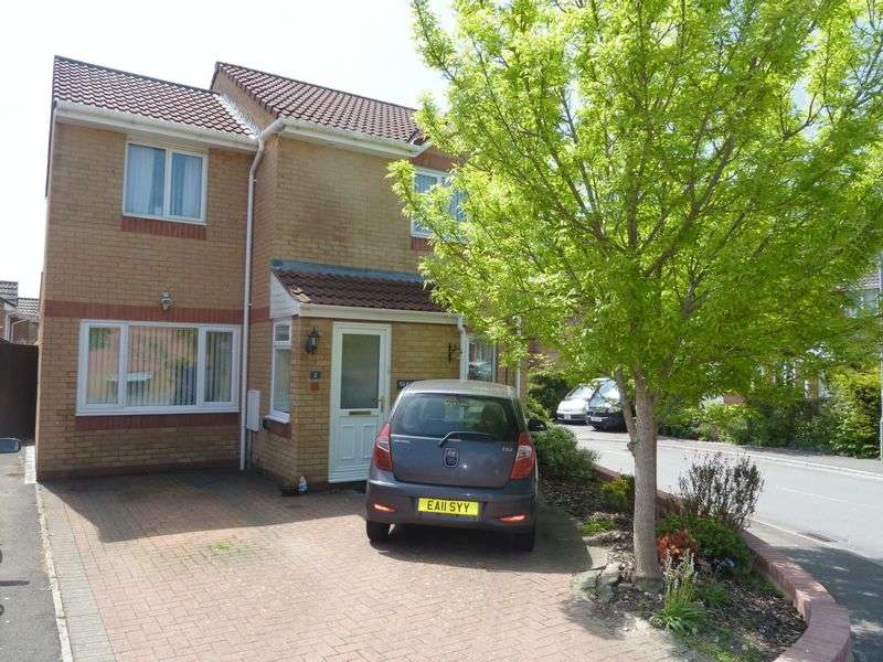 3 Bedrooms Detached House for sale in Thistle Close, Barry
