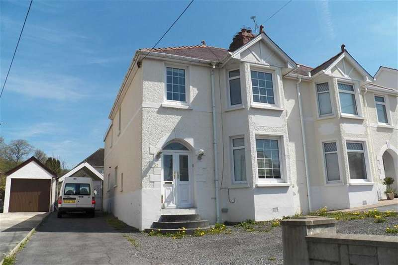 4 Bedrooms Property for sale in Lime Grove Avenue, Carmarthen