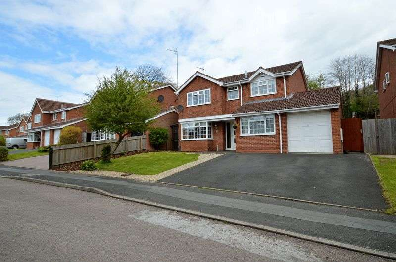 4 Bedrooms Detached House for sale in Elmhurst Close, Hunt End