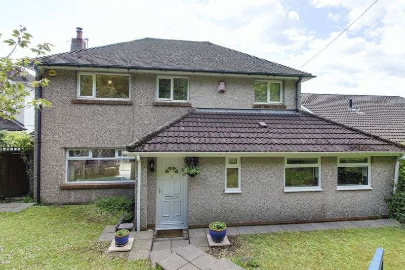 3 Bedrooms Detached House for sale in Caerleon Road, Cwmbran