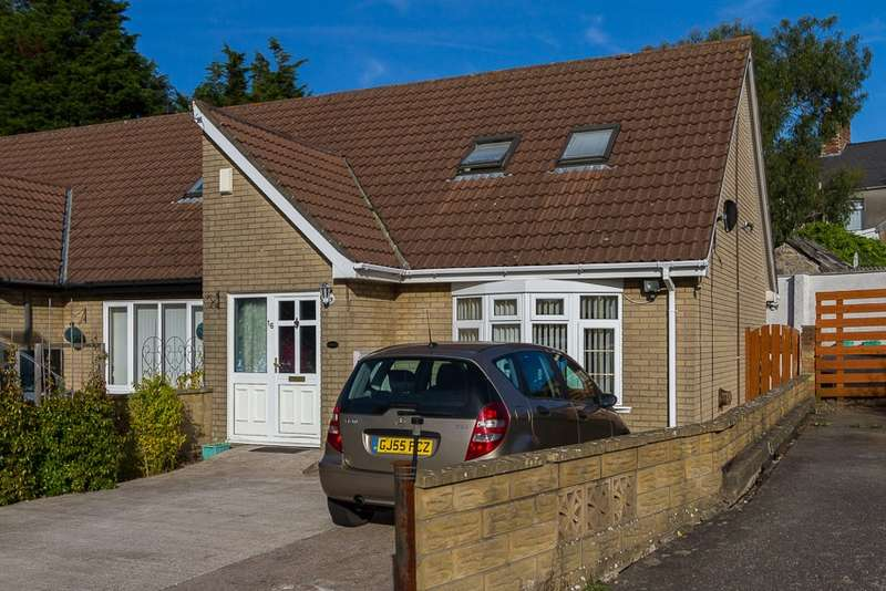 3 Bedrooms Bungalow for sale in Brunel Close, Barry, Glamorgan, CF63