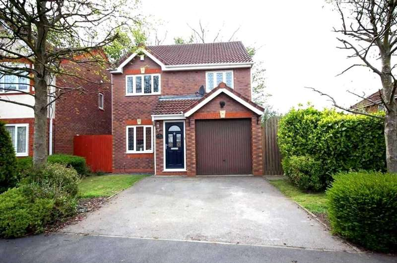 3 Bedrooms Detached House for sale in Bentley Drive, Kirkham
