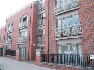2 Bedrooms Flat for sale in City Apartments, 33 City Road, Chester, Cheshire, CH1