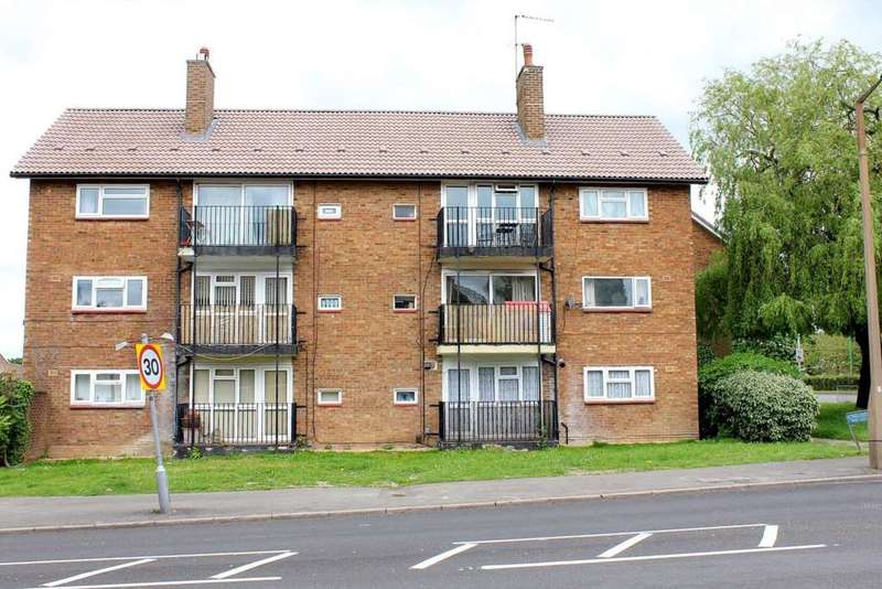 2 Bedrooms Apartment Flat for sale in 2 DOUBLE BEDROOM WITH BALCONY IN Longlands, HP2